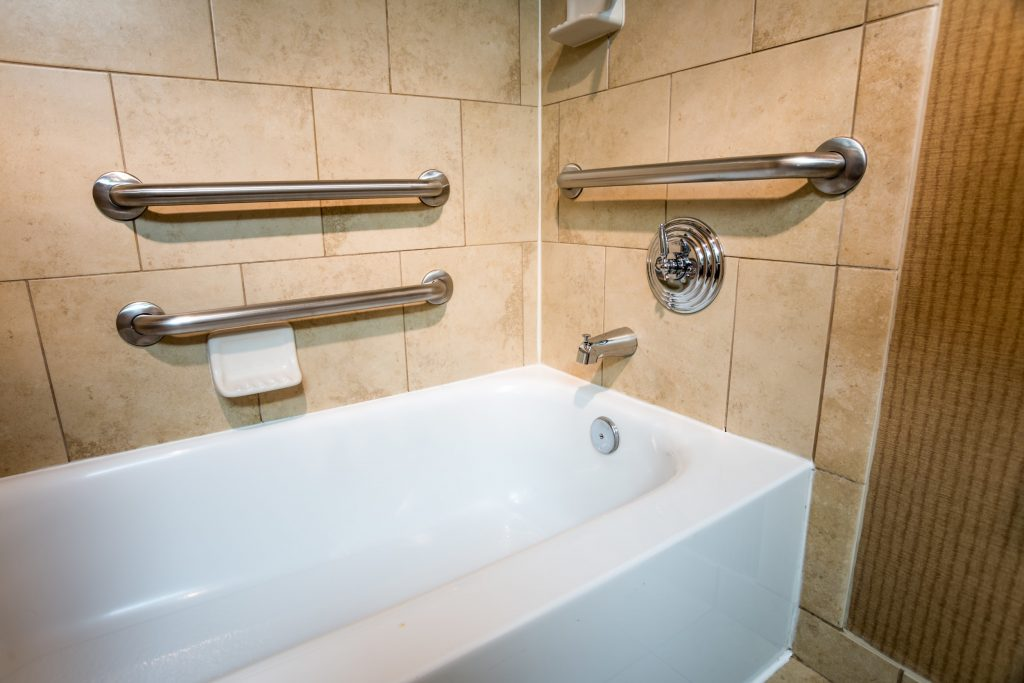 Handicapped access bathtub in Sterling Heights, MI